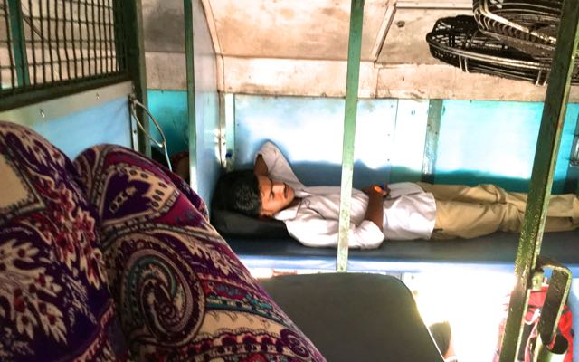 Long-distance train from Goa to Kerala India, Travelblog